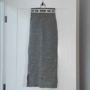 Aritzia Wilfred Grey Knit Skirt